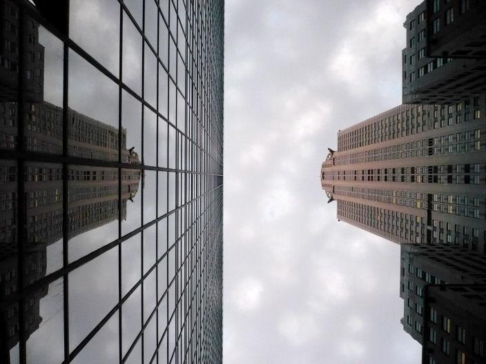 Stop by in san francisco les rues de new york city for Building sans fenetre new york